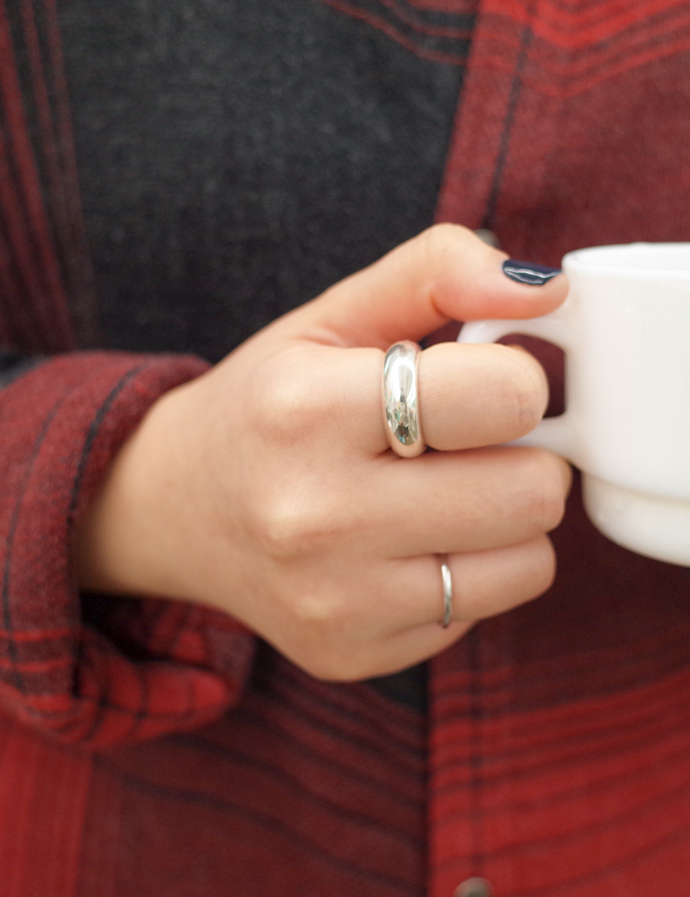 Bold Simple Ring