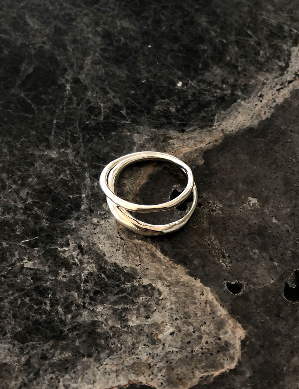 Two Lines Ring