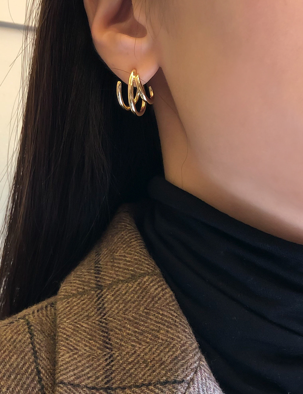 Line Wave Earring